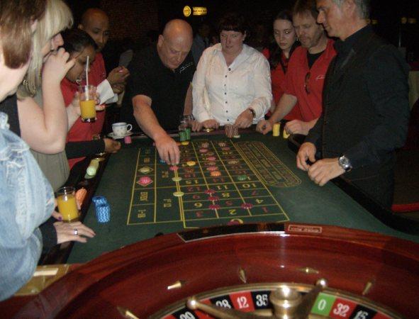 casino008